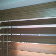 Wooden style Venetian blinds